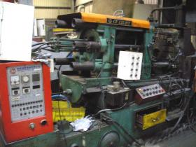 CF125tons-hot-chamber-die-casting-machine