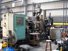 KHF150tons-cold-chamber-die-casting-machine